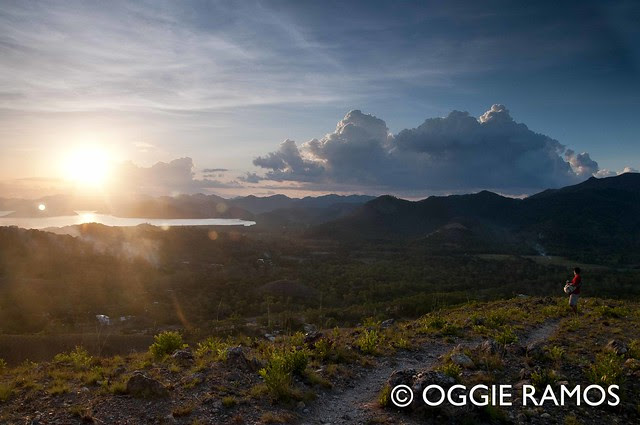 Coron - Mt. Tapyas Sweeping Sunset View of Karsts