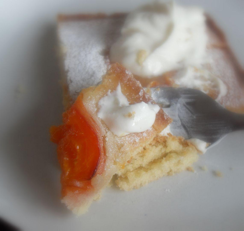 The English Kitchen: Apricot Sheet Cake