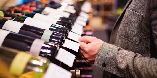 The best wines under $25 according to a top sommelier