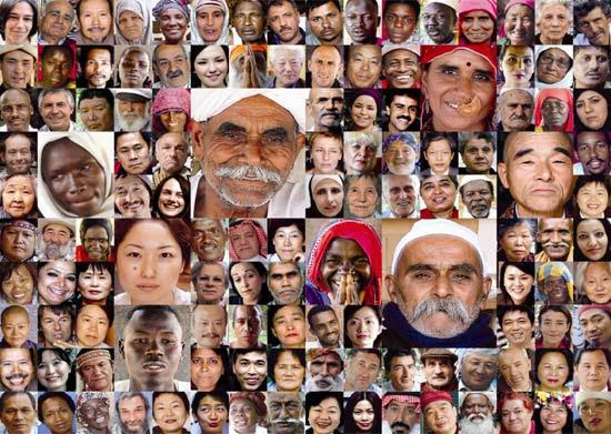 """Mosaico com alguns dos 5.600 entrevistados que compõem a exposição """"6 Bilhões de Outros"""", no Masp"""