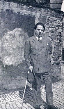 TucholskyParis1928.jpg