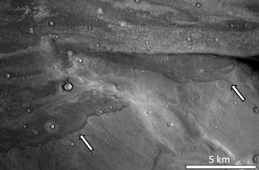 Ancient meteor strikes sent ice-rich tsunamis across the surface of Mars