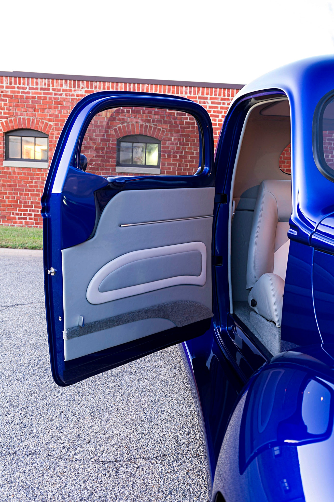 A Show Winning 1940 Ford Truck With 200 Plus Mods Meant To