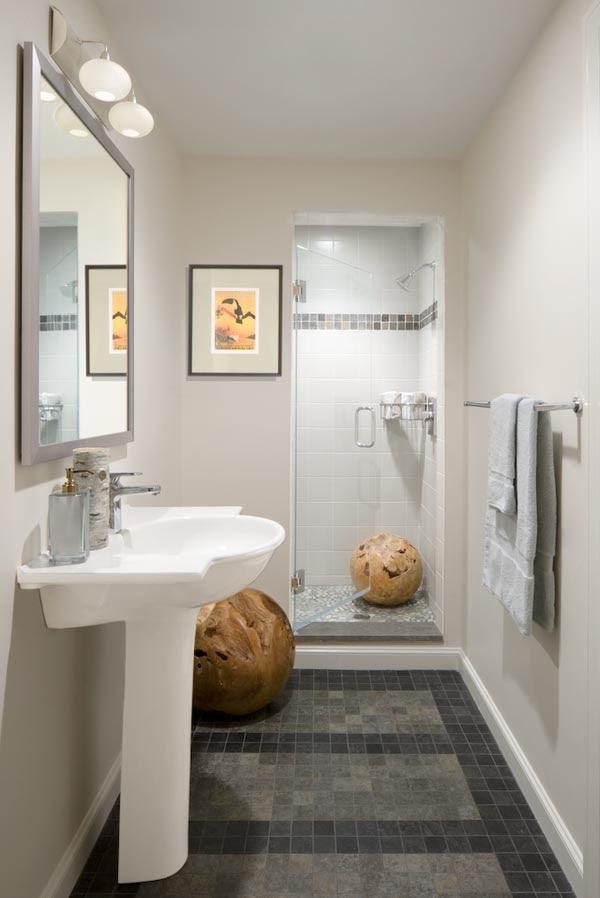 simple-small-bathroo