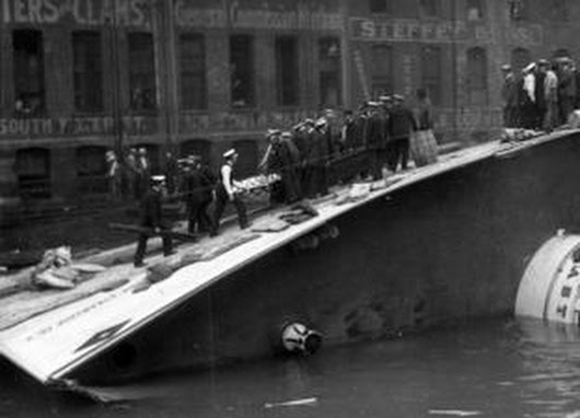 Rare Eastland disaster photos discovered in Tribune basement