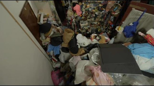 'Hoarders' star shares experience of cleaning the messiest homes in the country