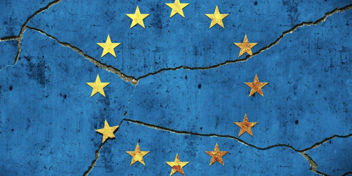 Risultati immagini per Uscire da questa UE conviene