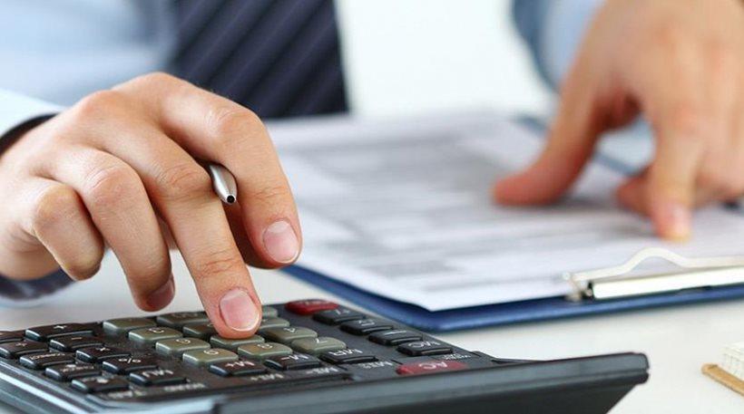 Τι θα φέρει μια μείωση του αφορολόγητου στις 5.900 ευρώ