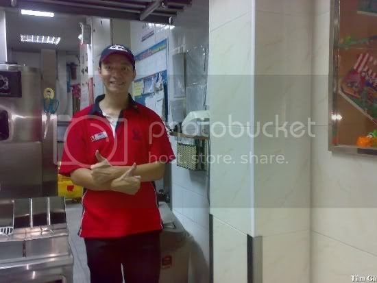 supply position in kfc restaurant Dinh Tien Hoang