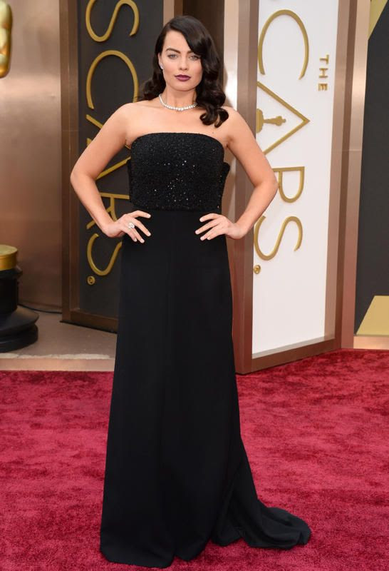 2014 Oscars photo a6c8ba60-a26b-11e3-aacd-1ff334314e3f_MargotRobbie.jpg