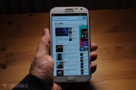 Samsung Galaxy Note 2 can be accessed even if locked?
