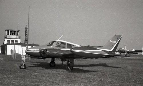 web 11 Cessna 310