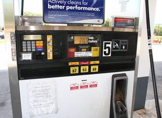 automobiles - Is there a ZIP code I can enter when paying-at-the-pump in the USA with a foreign ...