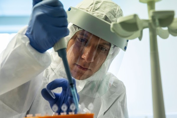 Rússia vai registrar 1ª vacina contra Covid-19 na próxima semana