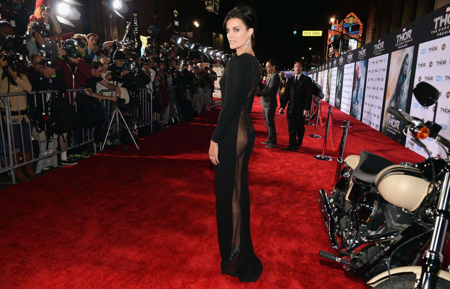 http://www.gotceleb.com/wp-content/uploads/celebrities/jaimie-alexander/thor-the-dark-world-premiere-in-los-angeles/Jaimie-Alexander---Thor:-The-Dark-World-Hollywood-Premiere--03.jpg