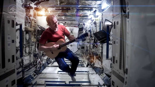 "Bowie's takedown of Hadfield's ISS ""Space Oddity"" highlights copyright's absurdity"