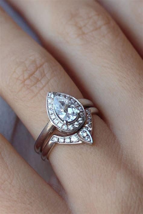 3rd Eye Ring Bridal Set, Third Eye Pear Engagement Ring