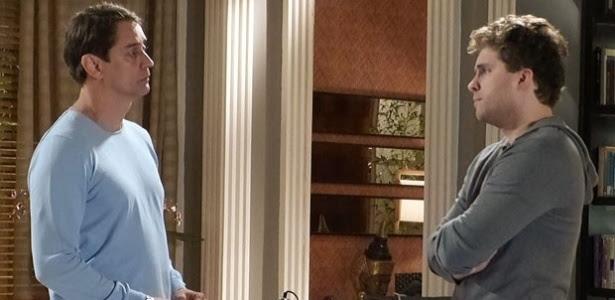 """Eron e Niko em cena de """"Amor à Vida"""""""