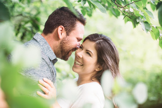 Katie + Kyle's Whimsical Mount Nemo Engagement
