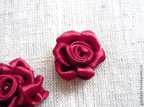 Rose flower.  ribbon embroidery (22) (490x364, 183Kb)