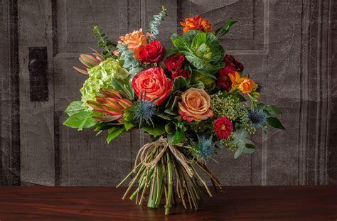 HAND TIED BOUQUET   Robin Wood Flowers