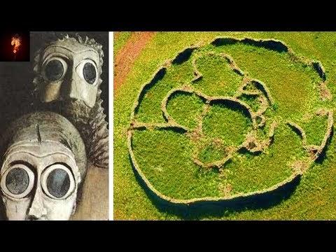 """200,000 Year-Old City"" Found In South Africa? MupkcTqJlIC4QyJ_xpqp_TqSCIAQ50GDJQiDxk-RJuMZEsC2qSVEcENBX9qhEPCuqbgT4F_kEamyRfbyE9rhzdP0eyE=w1200-h630-n-k-no-nu"