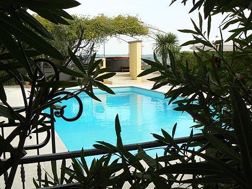 piscine de la Bastide.jpg