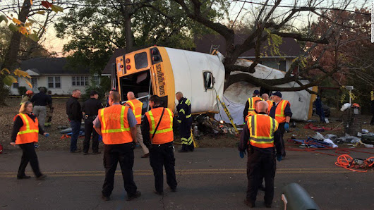 6 dead in Tennessee school bus crash