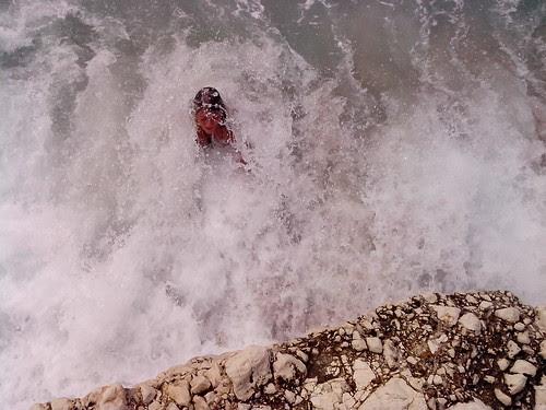 Insieme all'onda del mare by Ylbert Durishti