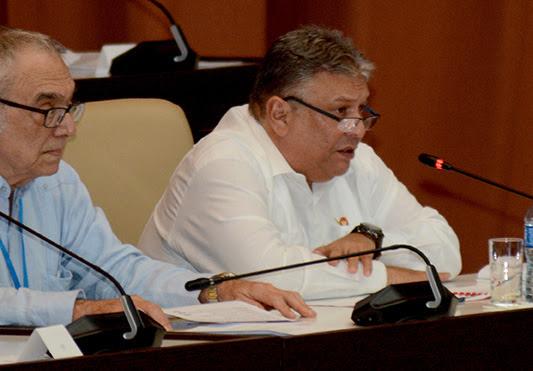 0711-asamblea-plenario-informes8.jpg