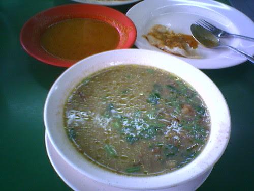 Kambing Soup and Prata Kosong