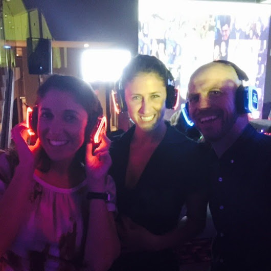 "Tom Buckley on Twitter: ""enjoying hanging with @shaynebenowitz,  @diamondpr and @HoneyTrek at the #Travelmassive kick off party  #TMTBEX15 """