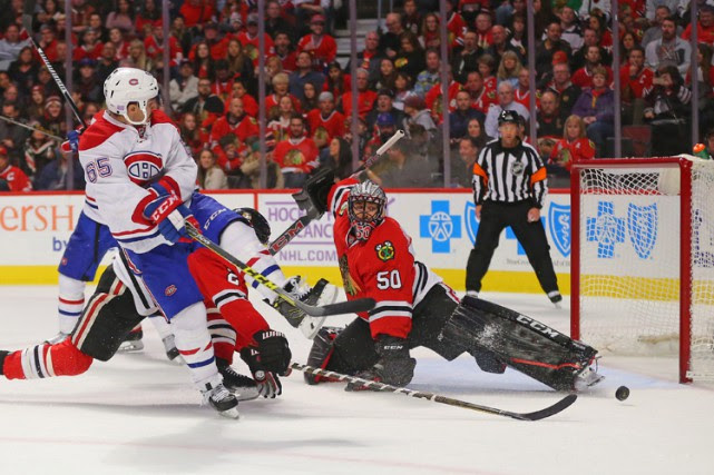 Corey Crawford a volé un but à son ancien... (PHOTO REUTERS)