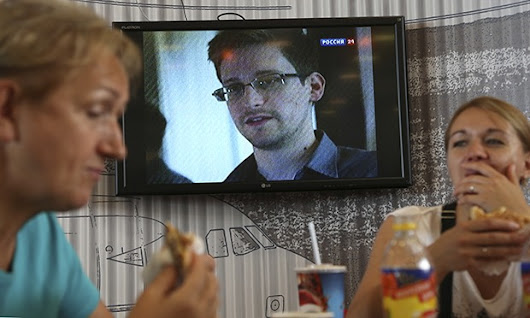 Edward Snowden: public indifference is the real enemy in the NSA affair