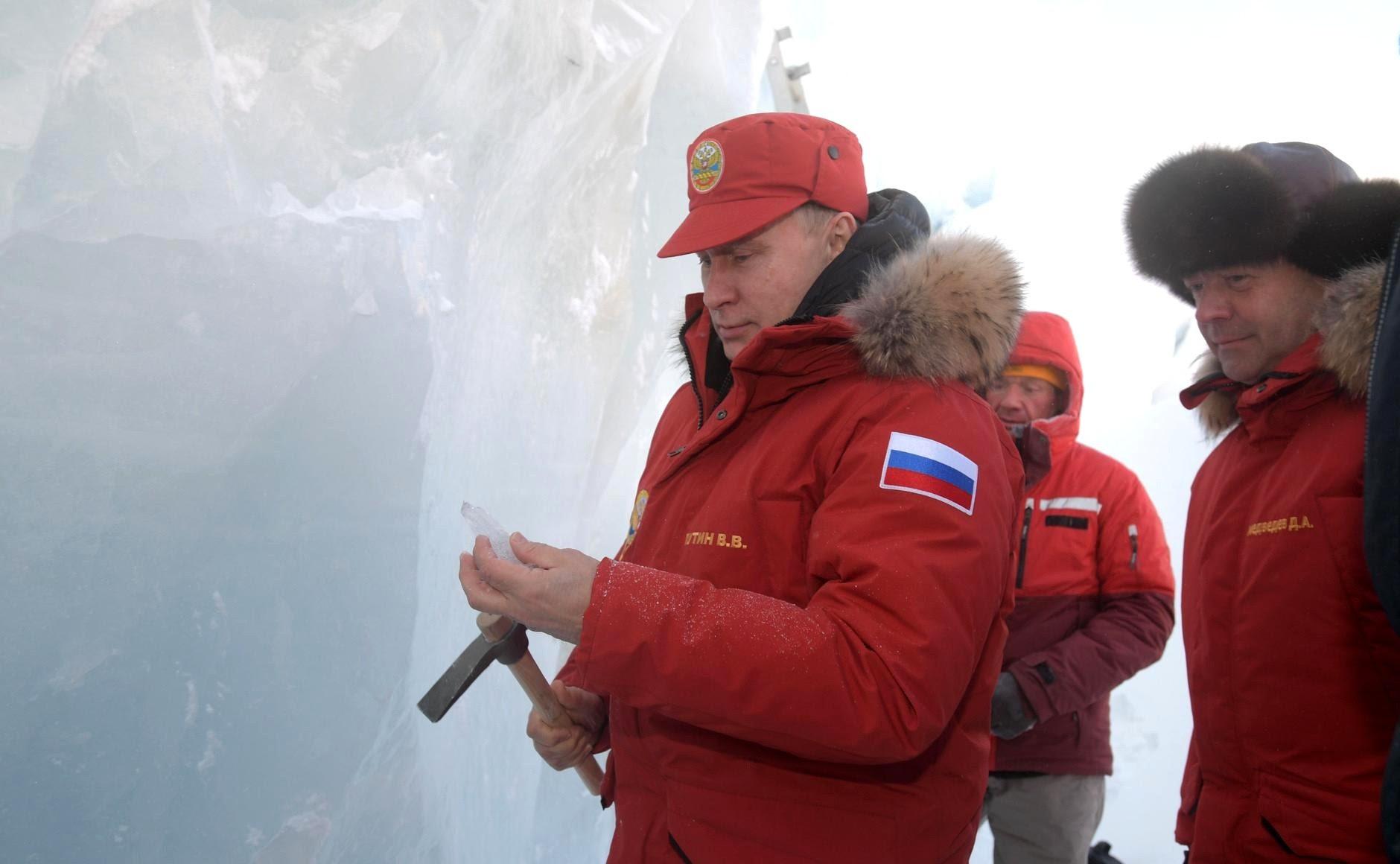 Владимир Путин посетил остров Земля Александры архипелага Земля Франца-Иосифа.