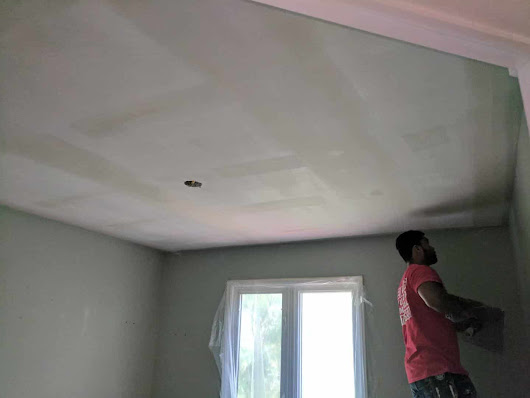 Why You Should Have Professionals Remove Your Popcorn Ceiling