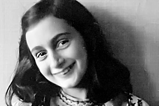 Anne Frank Was Denied Entry To The US in WWII - http://wrhstol.com/1SPL1Tf   The story of Anne Frank...