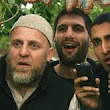HOW IS RELIGIOUS EXTREMISM REPRESENTED IN THE FILMS FOUR LIONS AND RED STATE?