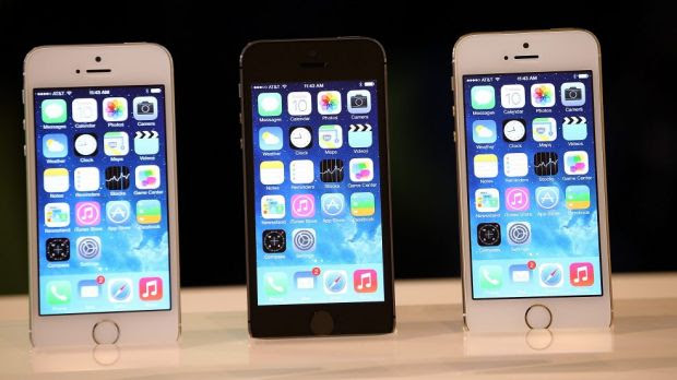 The current iPhone, the 5S, has a 4-inch screen.