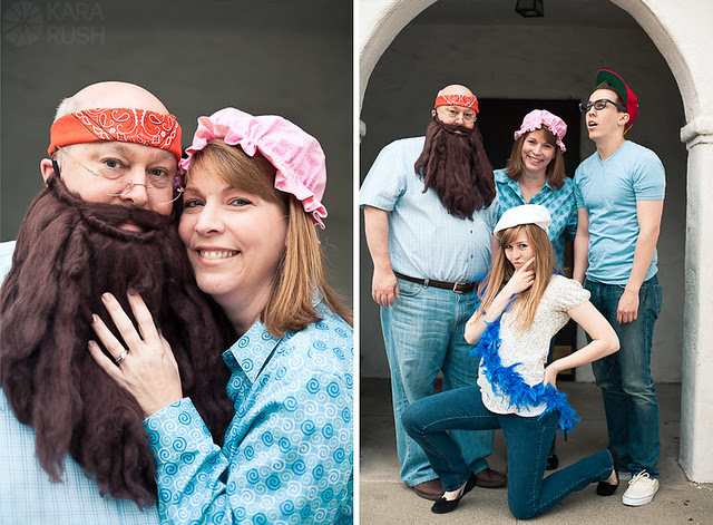 family costume portrait photographer