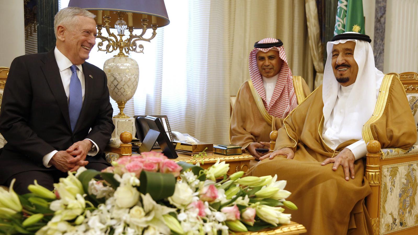 Saudi Arabia's King Salman meets with U.S. Defense Secretary James Mattis, in Riyadh, April 19, 2017. (Jonathan Ernst/AP)
