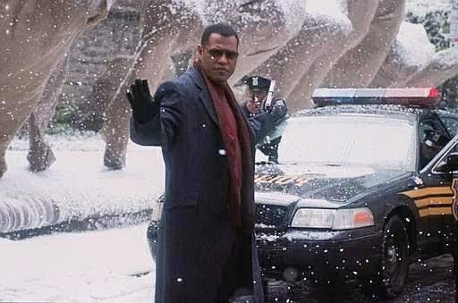 Assault on Precinct 13 Laurence Fishburne In Snow