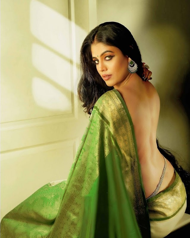 Iniya Photo Shots