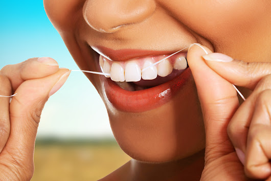 Dental Floss Make Your Teeth Healthier and Stronger - Platinum Dental Surgery