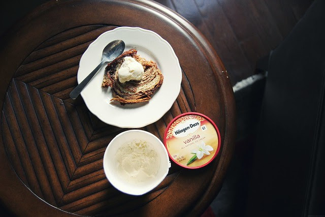 warm cinnamon toast with vanilla ice cream