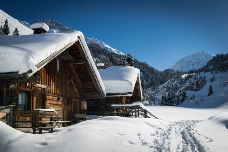 8 Tips for Winterizing a House, Cabin, or Cottage