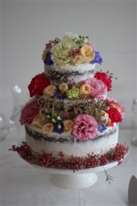 Latest Wedding Cake Trends Melbourne, Naked and Semi Naked