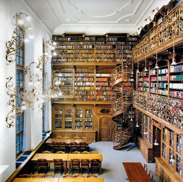 http://bookriot.com/2013/04/15/a-ludicrously-luxurious-law-library/