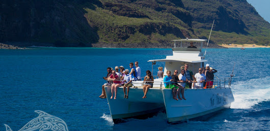 Napali Catamaran - The Best Boat For A Tour Of The Coast
