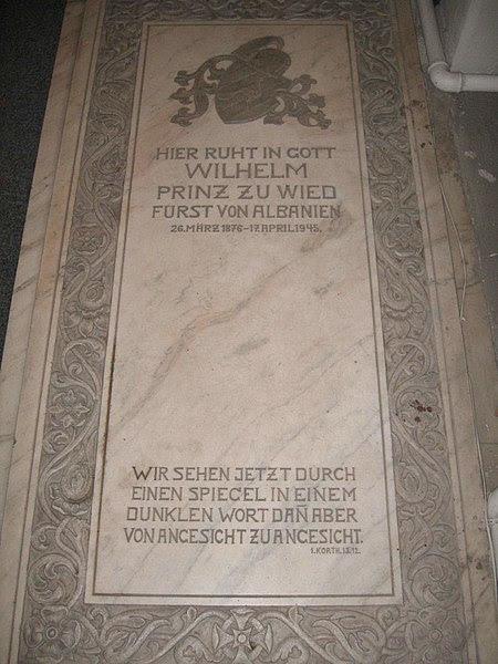 File:Grabstein von Wilhelm zu Wied.JPG